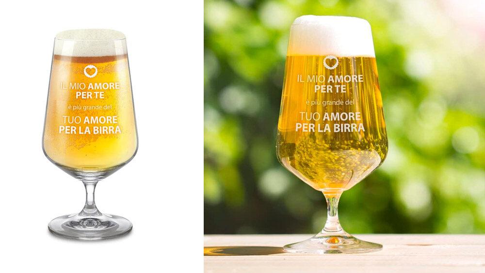 bicchieri birra a calice su sfondo bianco e ambientati